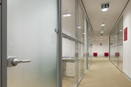 mobilier-birou_compartimentari-si-tamplarie-din-aluminiu