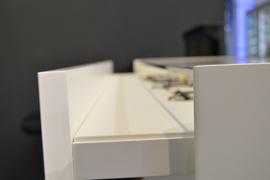 mobilier-spatii-comerciale-retail-magazine-vitrine-4