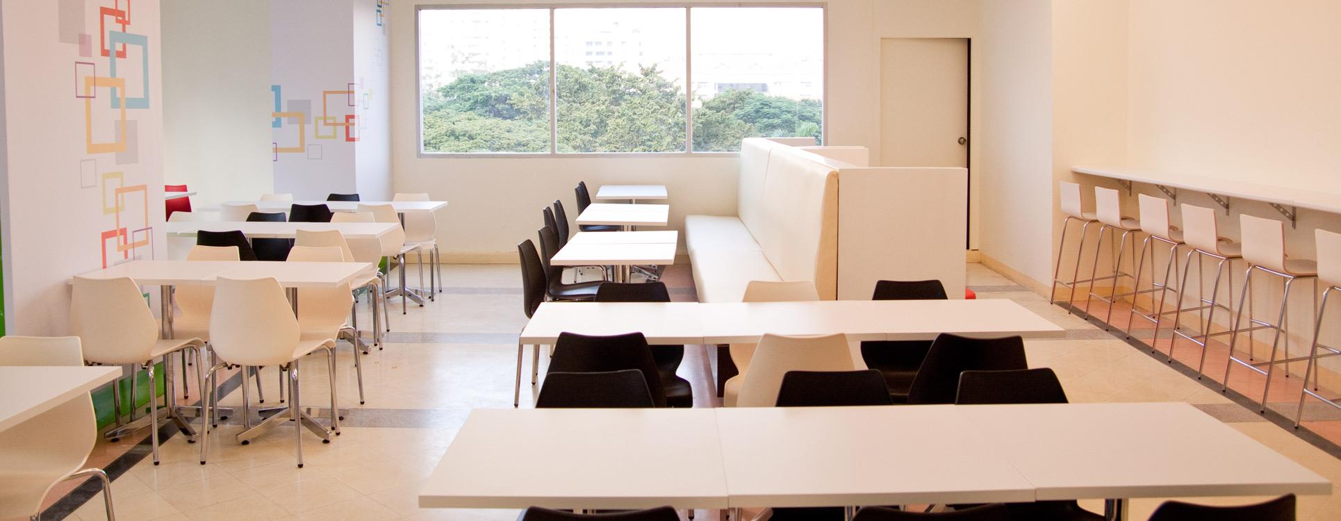 mobilier-birou_zone-de-luat-masa