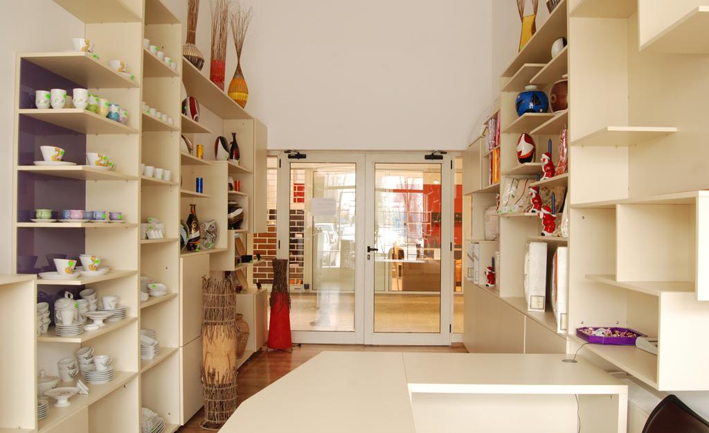 mobilier-magazin-depozitare-polite-3